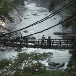 El puente de lianas del Valle Iya