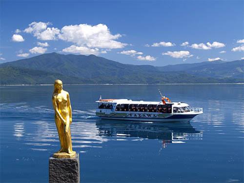 Lago Tazawa, el más profundo de Japón