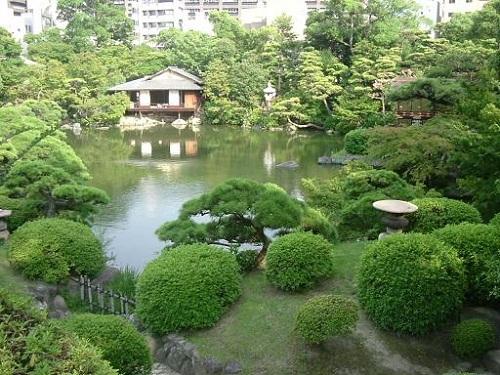 Un paseo por el Jardín Sorakuen, en Kobe