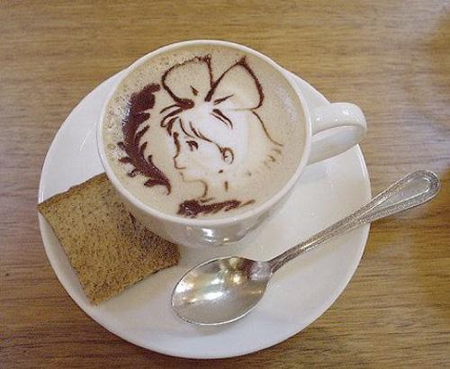 cafe con imagen de kikis delivery service