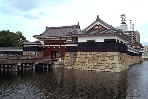 castillo de hiroshima 2