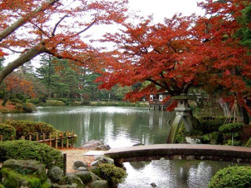 El hermoso Jardín Kenrokuen, en Kanazawa